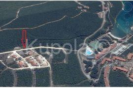 Krnica, građevinsko zemljište - pogled more - struja i voda na parceli, Marčana, Zemljište