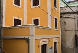 Mali Lošinj - Poslovno stambena, 250 M2, Mali Lošinj, Haus