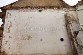 Veli Lošinj - Kuće (Ruševine), 272 m2, Mali Lošinj, Maison