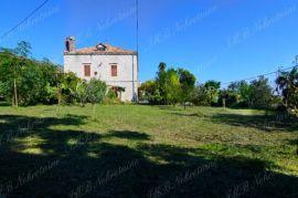 Tradicionalna kamena kuća 250 m2 na zemljištu 2549 m2, Dubrovnik - Okolica, Дом