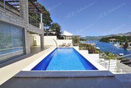 Luksuzna villa cca 250 m2 prvi red uz more - Dubrovnik otoci, Dubrovnik, Kuća