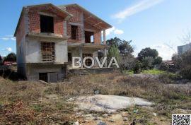 Samostojeća kuća 399 m2 – Vrsi, 60 metara od plaže (ID-2025), Nin, House