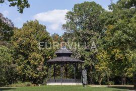 Zagreb - rezidencijalna lokacija zemljište 5600 m2 za gradnju 3 objekta, Zagreb, Casa