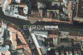 Centar, Jurišićeva, ulični lokal od 230 m2 u pješačkoj zoni, Zagreb, Poslovni prostor