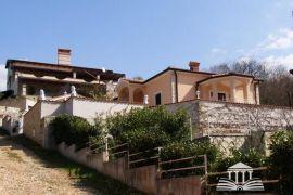 Kuća Kuća 5 km od Vrsara s pogledom na more, Vrsar, Haus