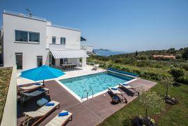 LUKSUZNA VILA sa bazenom, izgrađena 2017, Dubrovnik - Okolica, Дом