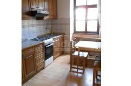 Stan 1s+db, 38.33m2 u blizini više fakulteta i KBC-a, Rijeka, Appartment