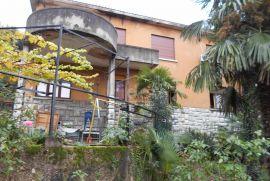 Belveder, stan u vili od 131m2 sa 300m2 okućnice, Rijeka, Appartement