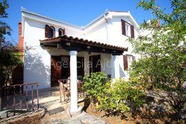 Trogir Čiovo 148 m2 kuća sa okućnicom, Okrug, Casa