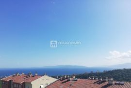Rijeka, Škurinje, 2-sobni stan s db, balkon, Rijeka, Stan