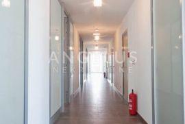 Split, Trstenik - REPREZENTATIVNI poslovni prostori, 58 m2, Split, Poslovni prostor