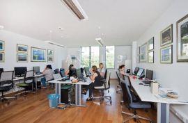 Split, Trstenik - ATRAKTIVAN poslovni prostor, 26 m2, Split, Εμπορικά ακίνητα