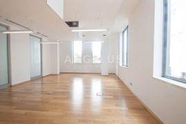 Split, Trstenik - ATRAKTIVAN poslovni prostor, 32 m2, Split, Propriété commerciale