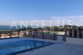 Murter - stan u vili sa privatnim bazenom i pogledom na more, Murter, Appartamento