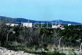 Šibenik, Donje Polje - građevinsko zemljište 4902 m2, Šibenik - Okolica, Terreno