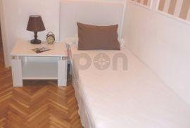 Centar, 2 stana na istom katu kategorizirani za iznajmljivanje, Rijeka, Stan