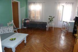 Centar, uredan stan 3S-KL, odličan za investiciju, Rijeka, Stan