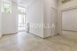 Centar, Donji grad, novoadaptiran trosoban stan/poslovni prostor NKP 82 m2, Zagreb, Wohnung