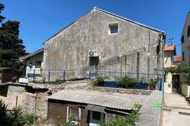 Mali Lošinj - Kuća, 200 m2, Mali Lošinj, Maison