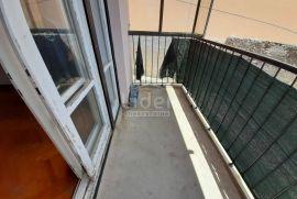 Krimeja, 2s+db od 67 m2, balkon, 2.kat, Rijeka, Διαμέρισμα