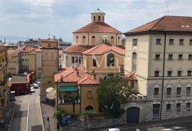 RIJEKA (centar) - obiteljski 4s stan za najam, 152m2. Lokacija, Rijeka, Daire