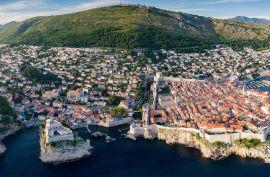 Vila cca 350 m2 na ekskluzivnoj lokaciji s panoramskim pogledom na more i Stari grad - Dubrovnik, Dubrovnik, Σπίτι