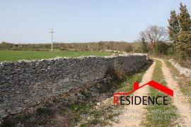 Vodnjan, Sv.Kirin, poljoprivredno zemljište, Vodnjan, Zemljište