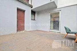 Poslovi prostor 30m2 na prizemlju, naselje Stari Grad, Poslovni prostor