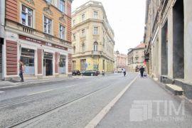 Poslovni prostori 45m2, 54m2, 67m2 uz glavnu ulicu, naselje Stari Grad, Poslovni prostor