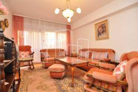 Trosoban stan iznajmljivanje Franjevačka Stari grad, Sarajevo Stari Grad, شقة