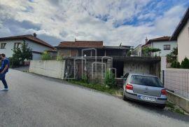 Prodaja zemljište i stara kuća Bare Sip, Sarajevo Centar, Σπίτι
