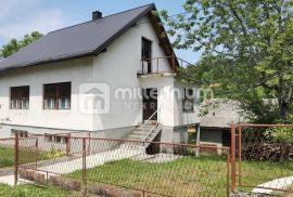 Gorsko Kotar, okolica Vrbovskog, kuća s velikom okućnicom, Vrbovsko, Σπίτι