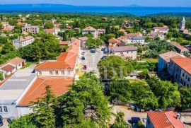 Istra, Marčana, industrijska zona građevinsko zemljište za halus projektima za ob, Marčana, Land