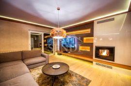 Opatija, Pobri, luksuzno uređen stan u vili, Opatija - Okolica, Appartamento