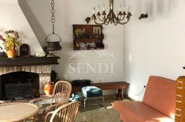Trsat, etaža kuće sa konobom za druženje u oazi zelenila!, Rijeka, Stan