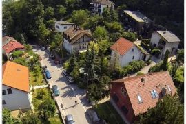 Zagreb, prodaje se KUĆA s 2 STANA, podrumom i garažom, 303,92 m2, parcela 502 m2, može samo STAN 2, Zagreb, Kuća