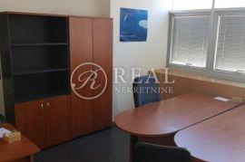 Uredski prostor u blizini centra grada  19 m2, Rijeka, Propiedad comercial