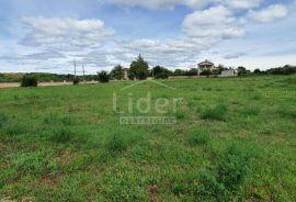 Odlična građevinska parcela u okolici Baderne, Poreč, Land