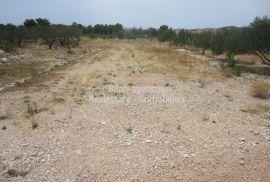 Vodice, Dalmacija, građevinsko zemljište, 872 m2, Vodice, Zemljište