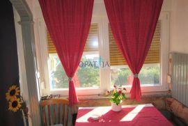 Lovran stan 2S+DB, 57 m2 s prekrasnim pogledom, Lovran, Apartamento