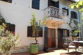KOSTRENA - Primorska kuća s lijepom okućnicom, Kostrena, Haus