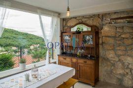 Mošćenička Draga dvojna kuća s panoramskim pogledom, Mošćenička Draga, Kuća