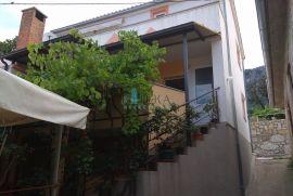 Bribir - SNIŽENO !!! kuća sa 3 stana u funkciji turističkog najma, Vinodolska Općina, Kuća