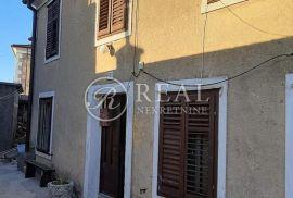 Prodaja dvojne kuće za adaptaciju u Hreljinu 70m2  P+1, Bakar, Maison