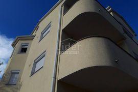 Kuća ZAMET, 250m2, Rijeka, Kuća