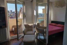 Izdajem stan 40 m2, Uciteljska 36, Uciteljsko naselje, Zvezdara, Zvezdara, Stan