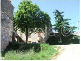 Labinci, kamena kuća za adaptaciju u centru, pogled more, Kaštelir-Labinci, Kuća