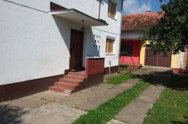 Duplex-kuća sa vrtom, ekonomskom zgradom i zemljištem   !!! NOVA CIJENA !!!, Derventa, Haus