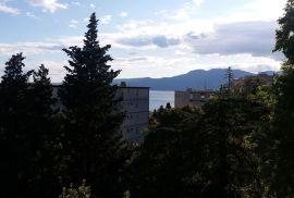 Rijeka Turnić, stan u kući sa okućnicom, 90 m2, 150.000 EUR, Rijeka, Stan