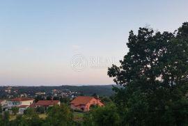 Zemljište Viškovo, 1085 m2 na mirnom području sa predivnim okruženjem, Viškovo, Land